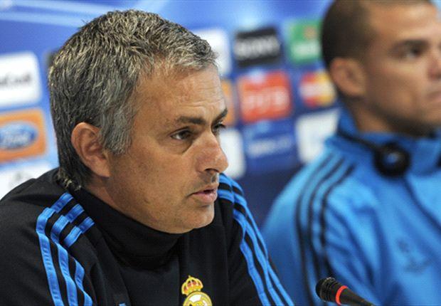 Mourinho tells Iniesta: No Messi, no glory
