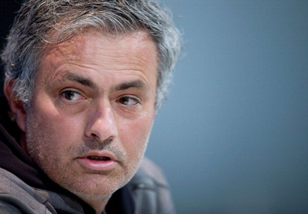 Mourinho congratulates Barcelona on Liga success