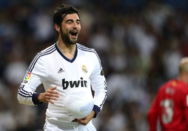 Higuain a great signing for any team, says Albiol