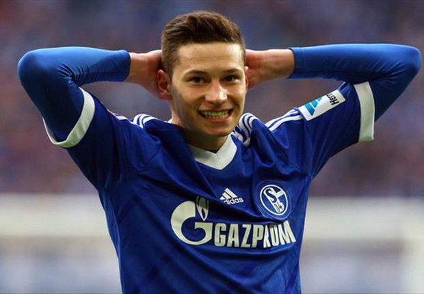 Schalke attacker Draxler admits to Dortmund interest