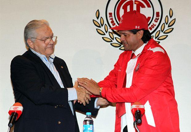 Toluca presentó a José Saturnino Cardozo como su nuevo DT