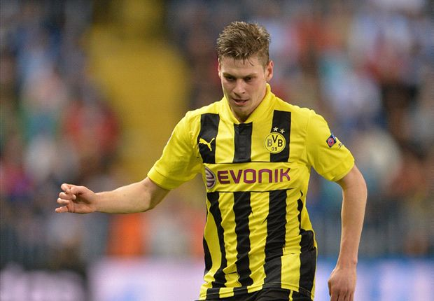 Piszczek: I could retire at Borussia Dortmund