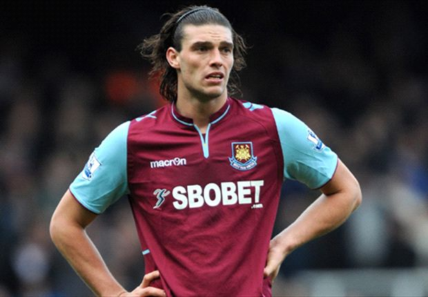 Rodgers coy on Carroll's future at Liverpool