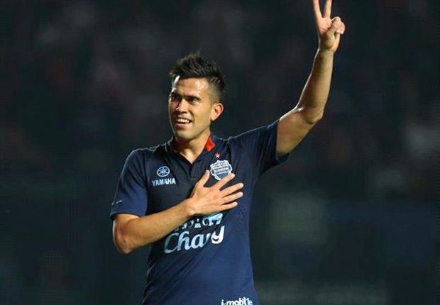 Buriram striker Patino reveals meaning behind goal celebration