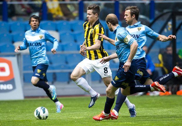 VVV-Venlo wint op bezoek bij Vitesse