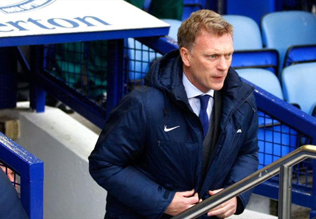 Everton should look to experience, advises Moyes