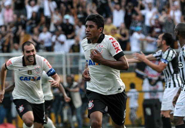 Paulinho evitó la derrota del Corinthians