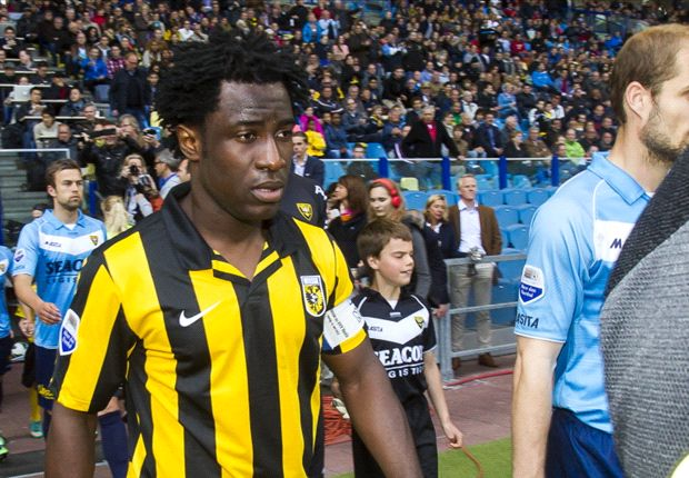 "Bony wil rust en club: ""Waar? I don't know"""
