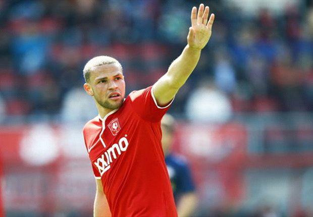 Luc Castaignos cetak gol kemenangan untuk Twente.