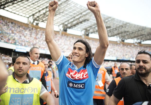 Manchester City refuse to pay £53.7m for Cavani, claims Napoli president