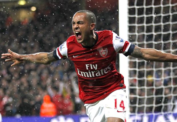 Walcott hails 'important goal' that puts Arsenal on brink of Champions League qualification