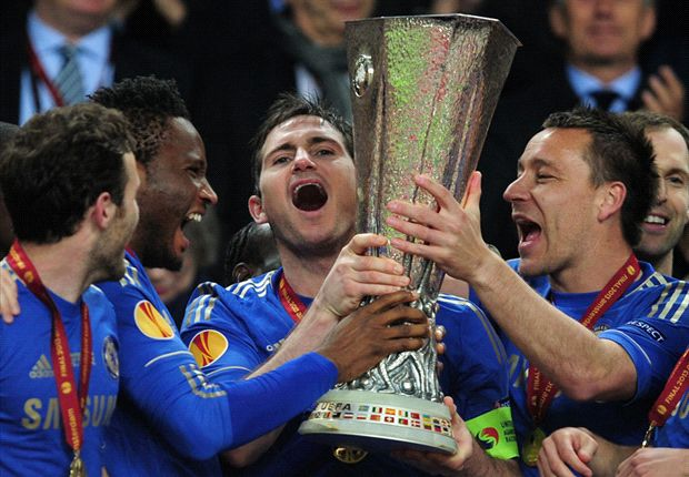 Frank Lampard has backed John Terry to stay at Chelsea