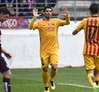 Suarez houdt topscorerstitel spannend