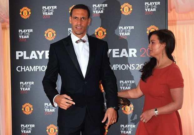 Rio Ferdinand merasa tertarik untuk menyambut era baru di Manchester United