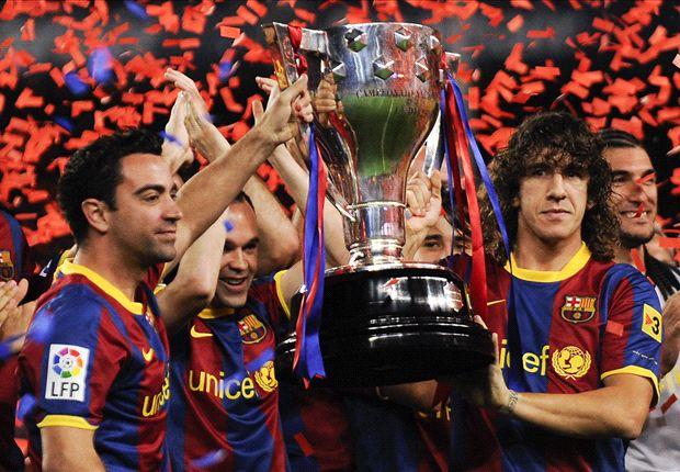 El Barcelona recibe el trofeo de Liga