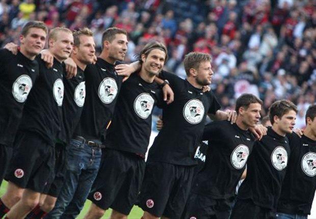 Die Eintracht Frankfurt feiert den Einzug in die Europa League