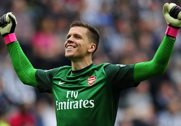 Szczesny: Arsenal are not favourites against Manchester United