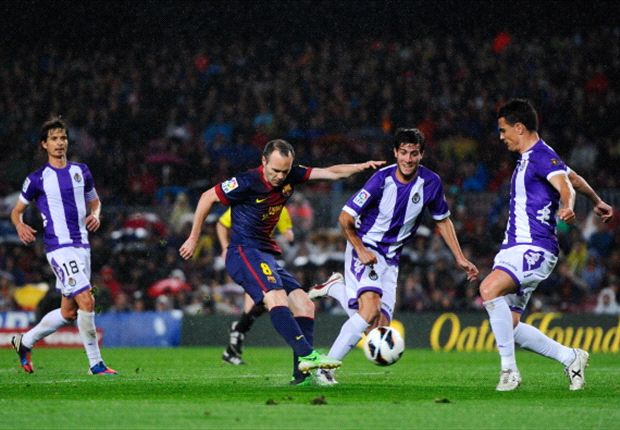 Barcelona 2-1 Valladolid: Champions continue hunt for 100 points