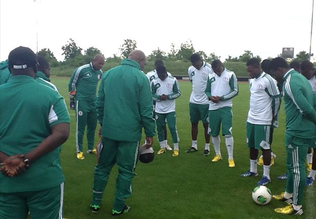 Cote d'Ivoire - Nigeria Match Preview: Keshi hopes to lead Eagles over Elephants
