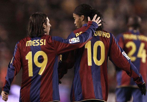Ronaldinho a intégré Messi au Barca.