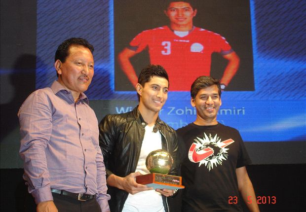 Zohib Amiri wins the FPAI award