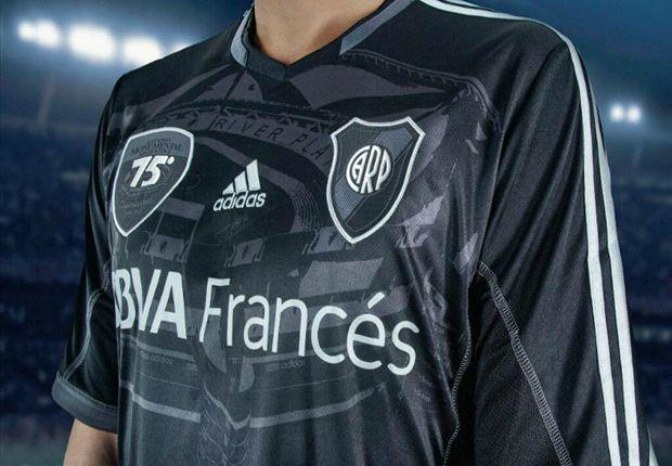 La camiseta, sin banda, tendrá al Monumental de fondo y un escudo que destaca el aniversario.