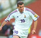 Van Ligue 1 tot superster: Zinédine Zidane