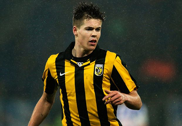 Chelsea are set to sign Marco van Ginkel