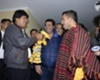 Evo y Tevez hacen intercambio