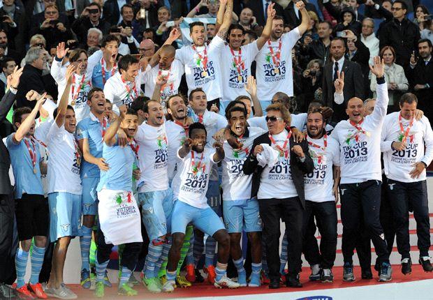 La conquista della Coppa Italia ha scatenato la festa dei tifosi della Lazio