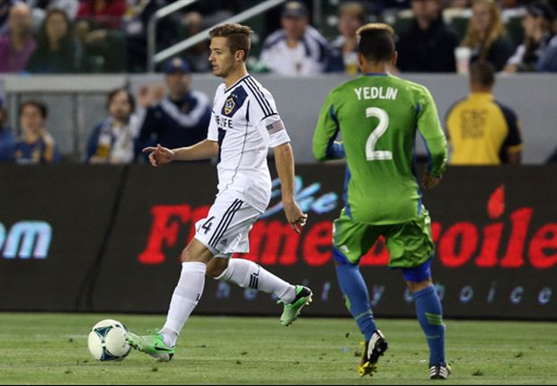LA Galaxy 4-0 Seattle Sounders FC: Robbie Rogers becomes first openly gay male athlete in American professional team sports