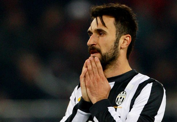 Vucinic ruled out 'for several weeks'