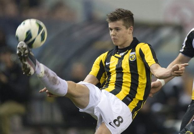 Marc Overmars believes Marco van Ginkel will join Chelsea rather than Ajax