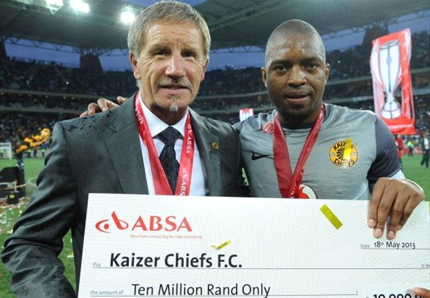 Stuart Baxter and Itumeleng Khune (Photo by Getty)