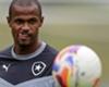 Com moral alta, carinho da torcida e admiração do treinador, Airton se reencontra no Botafogo