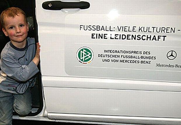 Integrationspreis 2013 von DFB und Mercedes-Benz