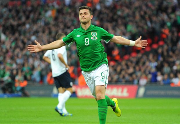 England 1-1 Republic of Ireland: Pressure grows on Hodgson despite Lampard leveller