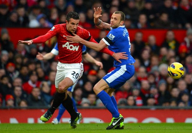 Van Persie relishing challenge of life after Sir Alex Ferguson