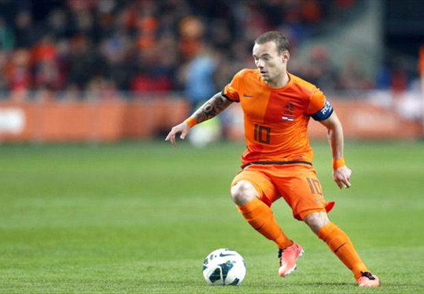 Louis van Gaal has welcomed rumours linking Sneijder with Chelsea