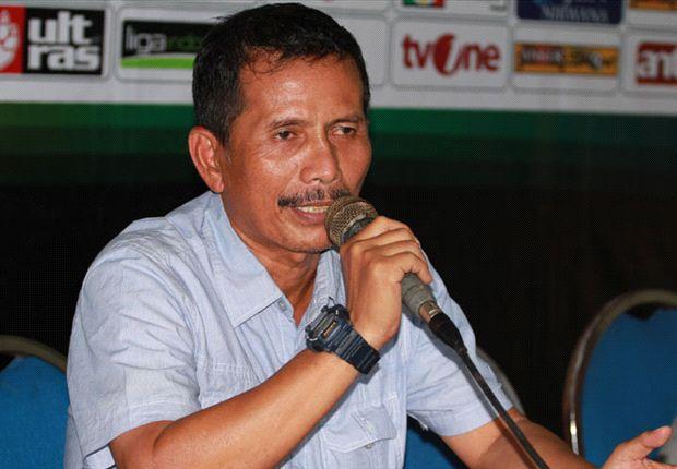 Kinerja Persib Bandung belum bisa dievaluasi karena skuat belum lengkap.