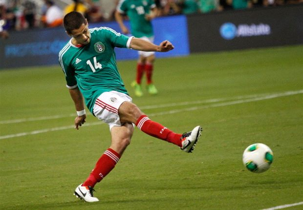 Hernandez willing to fight for El Tri place