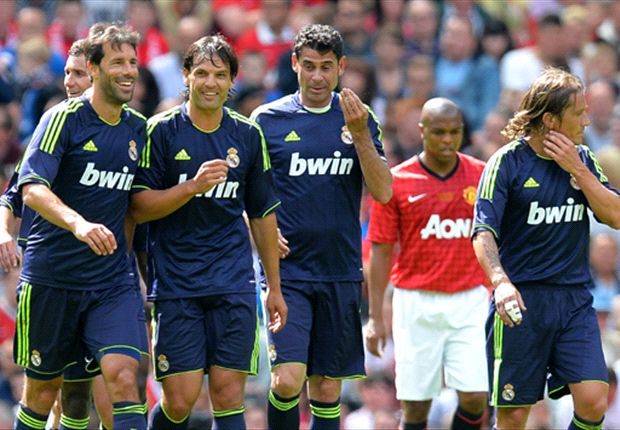 Real Madrid legends defeat Manchester United