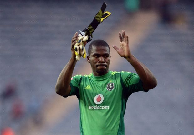 Pirates goalkeeper Senzo Meyiwa hoping to impress against the best players