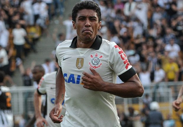 No bids yet for Tottenham target Paulinho