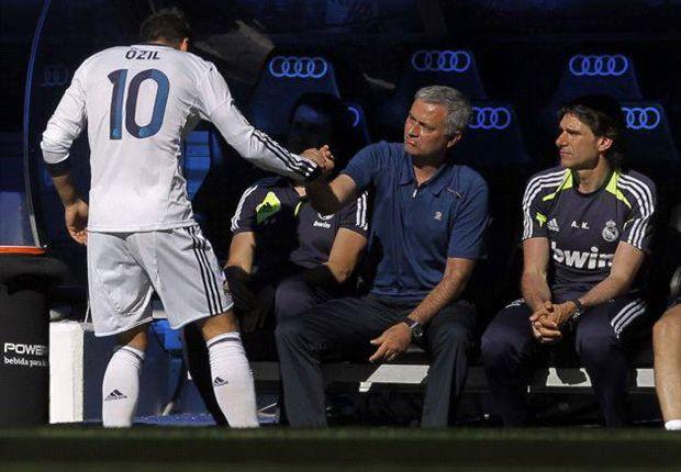 Mourinho: Özil ist der beste Zehner der Welt
