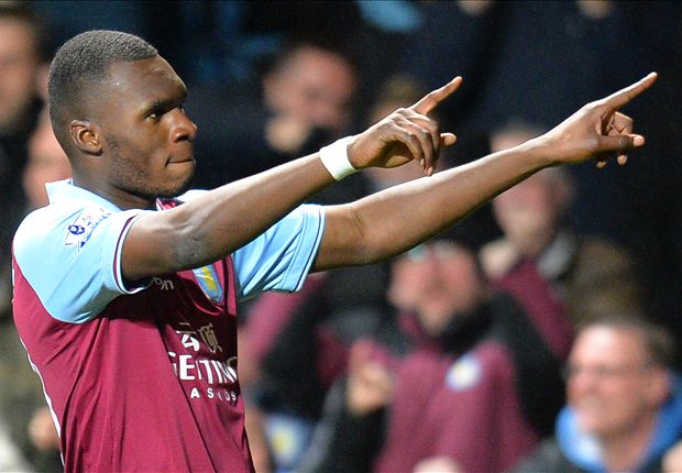 Christian Benteke is in beeld bij Chelsea