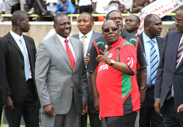 Kenya FA President Sam Nyamweya with Deputy President William Ruto.
