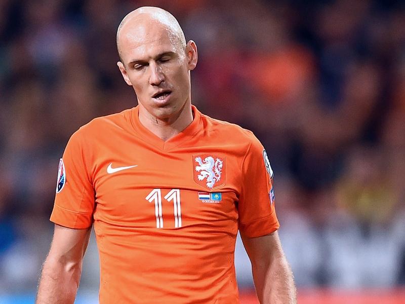 Pays-Bas, sans Robben mais avec Sneijder contre les Bleus