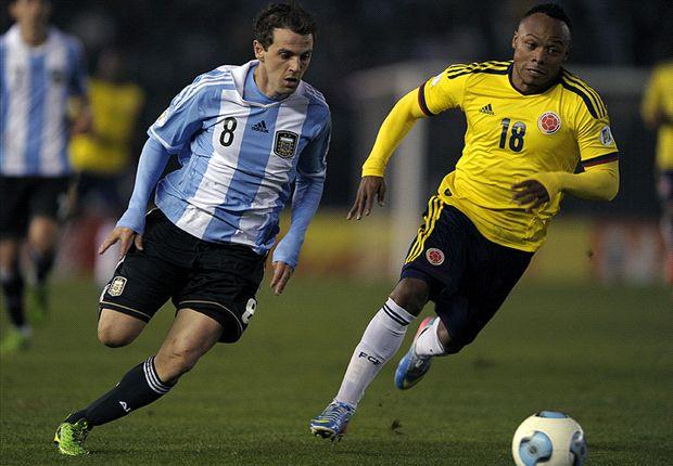 Montillo y Zúñiga protagonizaron uno de los duelos del partido por una de las bandas.