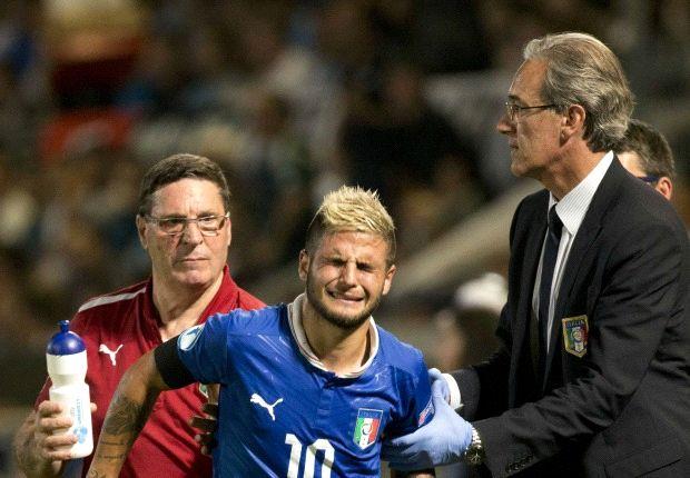 Lorenzo Insigne menangis ketika harus meninggalkan laga Italia U-21 kontra Israel U-21